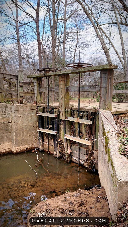 Lock opening onto mill race